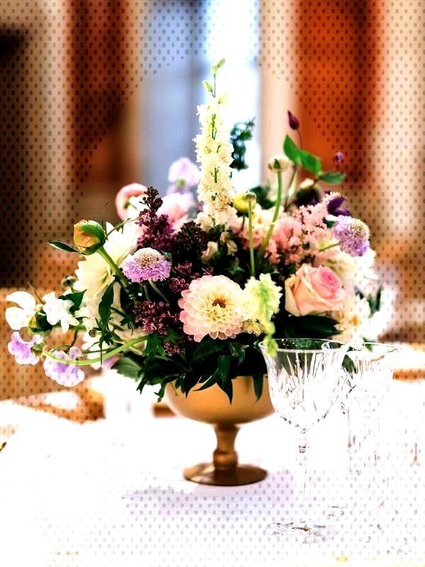 Timeless Pink and Purple Destination Wedding at the Garden Palace Liechtenstein - MODwedding  Featu