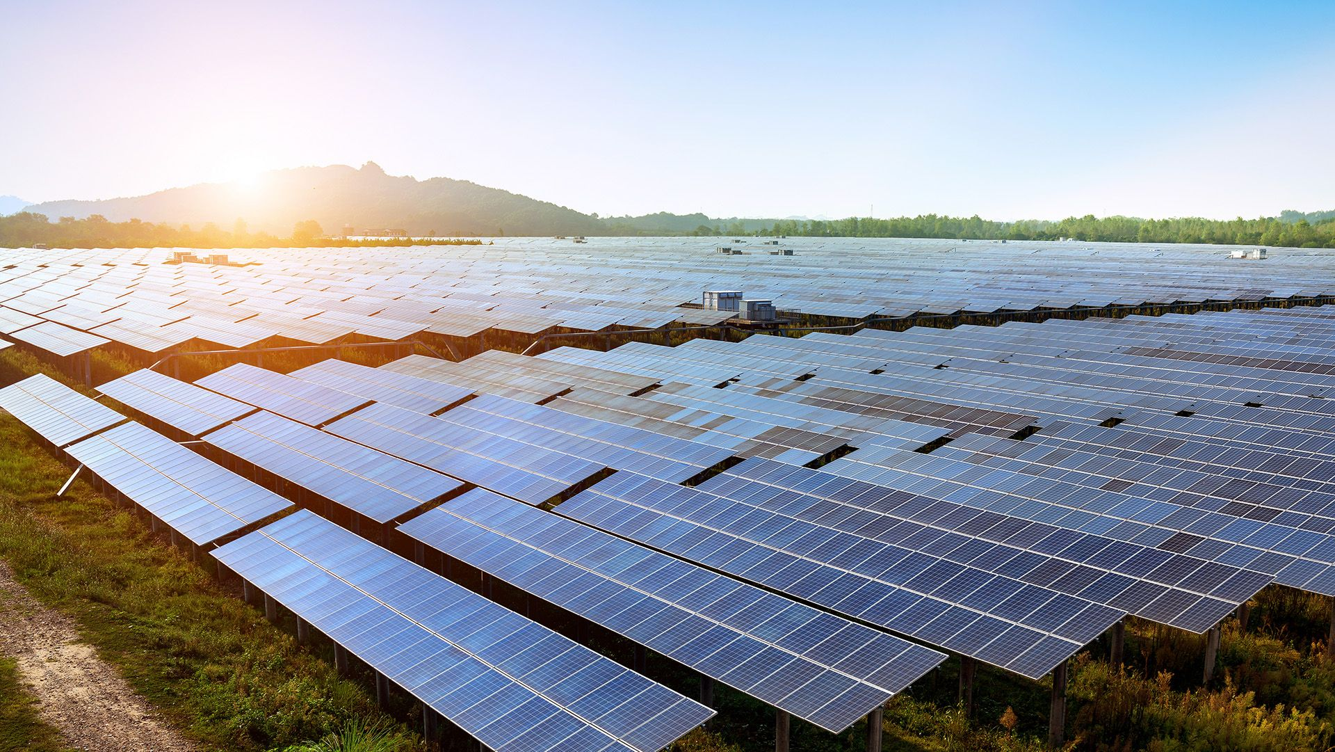 8 Ways Blockchain Based Applications Can Boost The Corporate Renewables Market Energy Web Foundation Solar Energy Solutions Energy Sector Solar Panels
