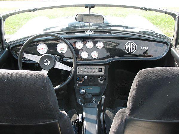 custom dashboard mgb pinterest custom dashboard car interiors and custom cars. Black Bedroom Furniture Sets. Home Design Ideas