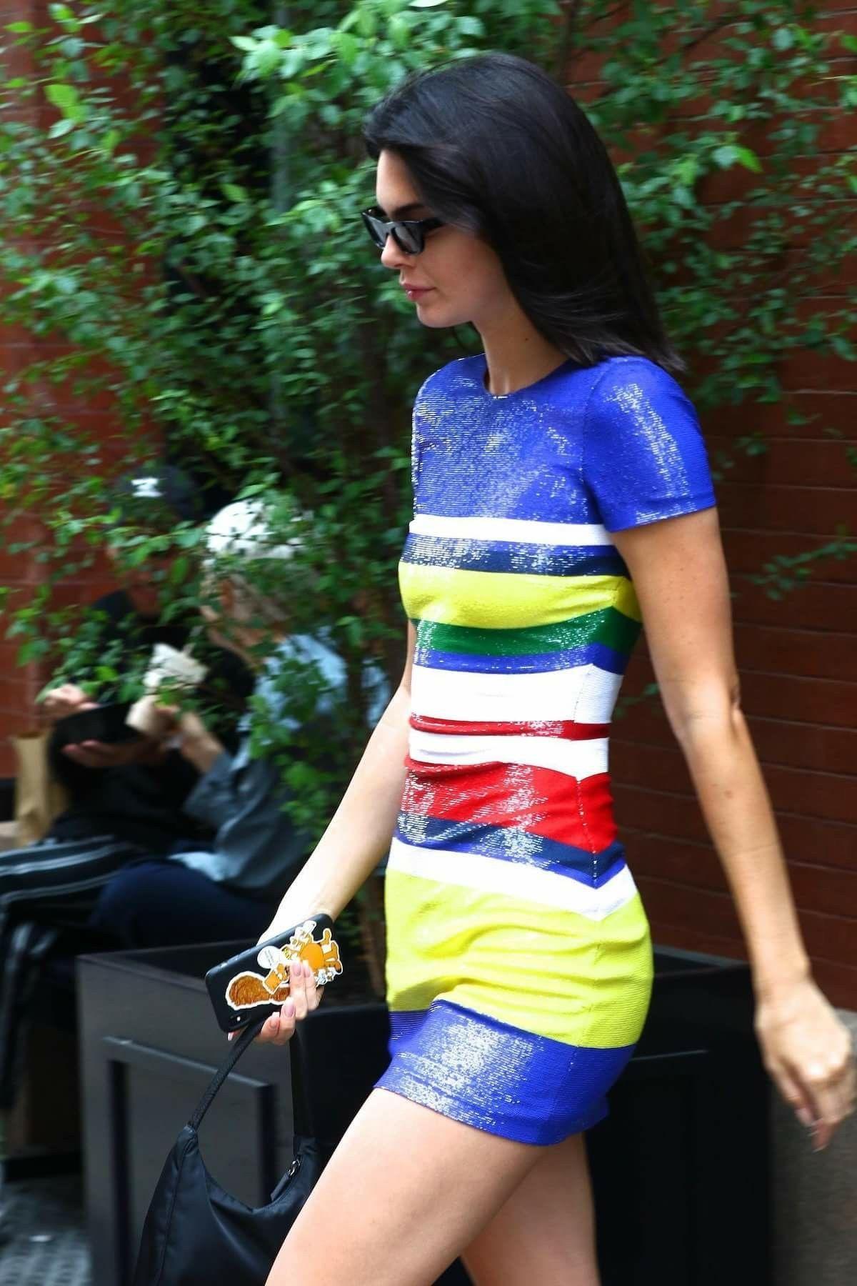 60d09730b5f9 Épinglé par Kate poppe sur Kendall Jenner   Pinterest