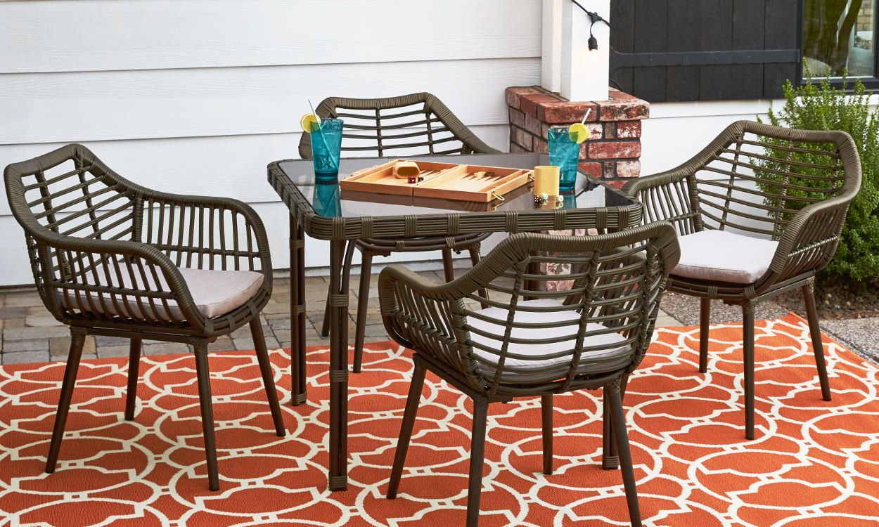 How To Choose Patio Furniture For Small Spaces Small Patio