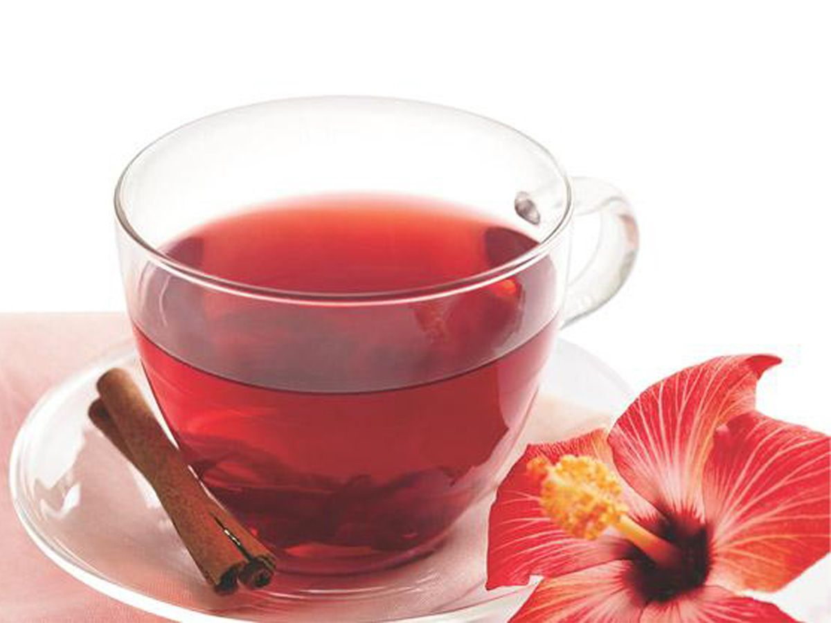 Hibiscus tea is a herbal tea which is an anti inflammatory and hibiscus tea recipe lowers blood pressure the ingredients 4 c water 3 tbsp dried or tbsp fresh hibiscus flowers 1 cinnamon stick 1 tbsp raw sugar juice of izmirmasajfo Images
