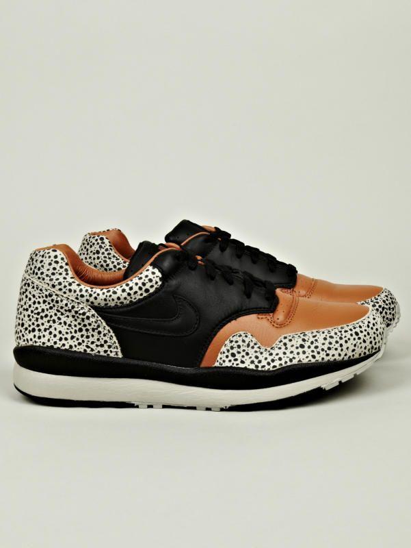 info for 89223 5f3ff Nike Safari Quickstrike