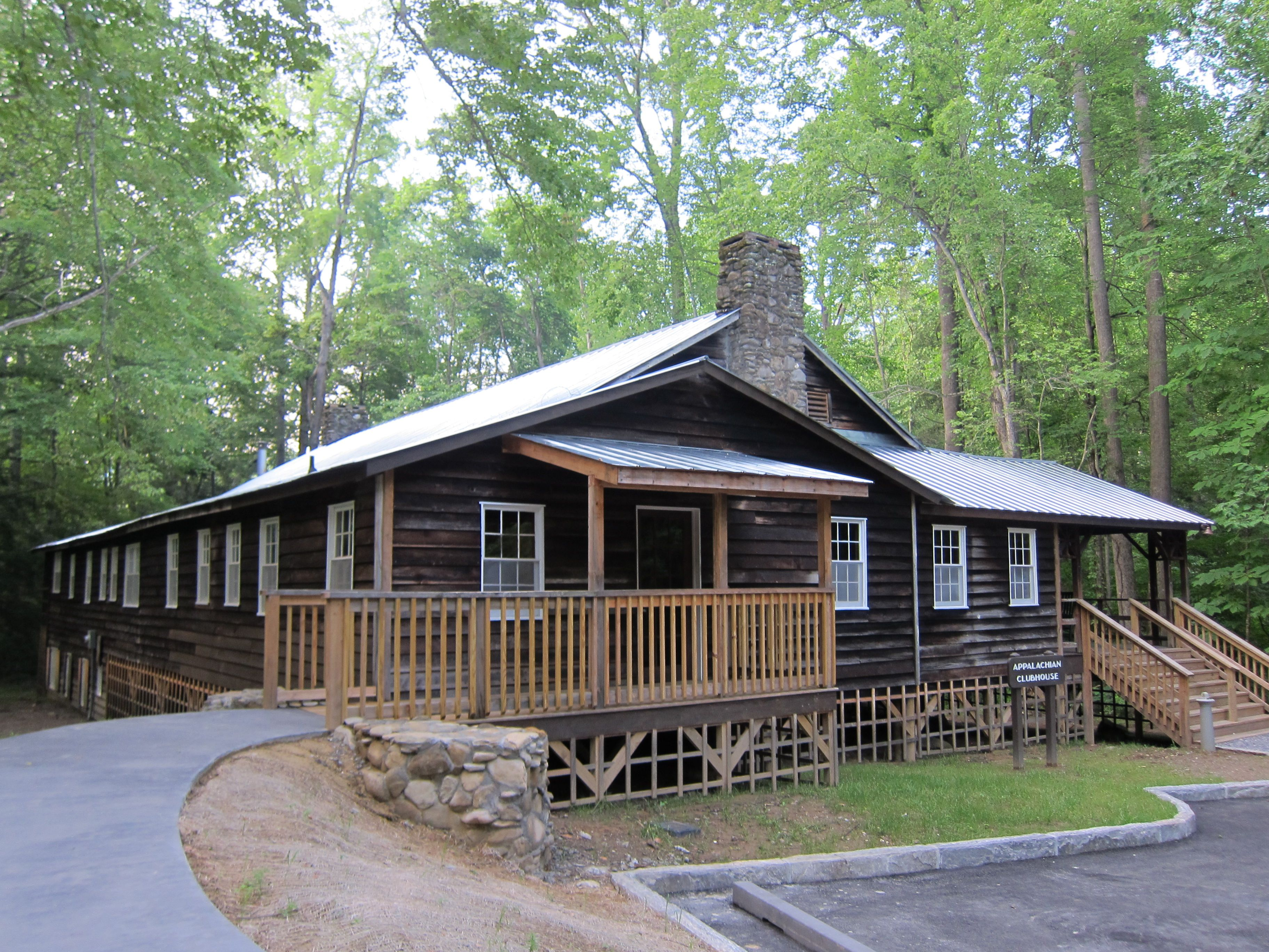 cabin cabins park mountains elkmont historic mountain in national great pin smoky