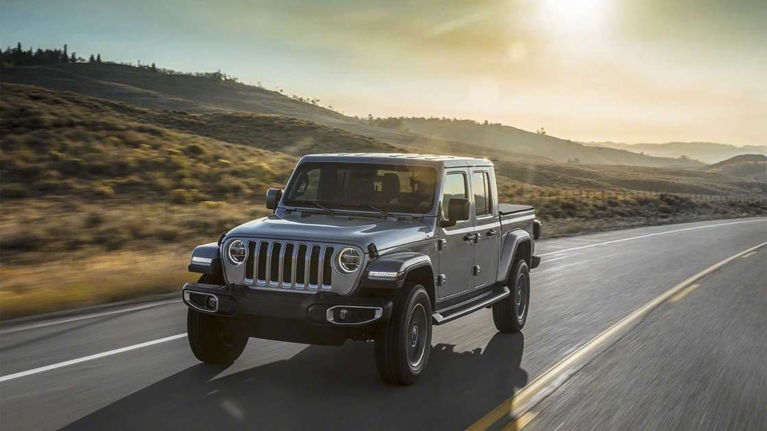 Jeep Gladiator Gets Insanely Low 143 Per Month Lease Deal Jeep Gladiator Jeep Gladiator