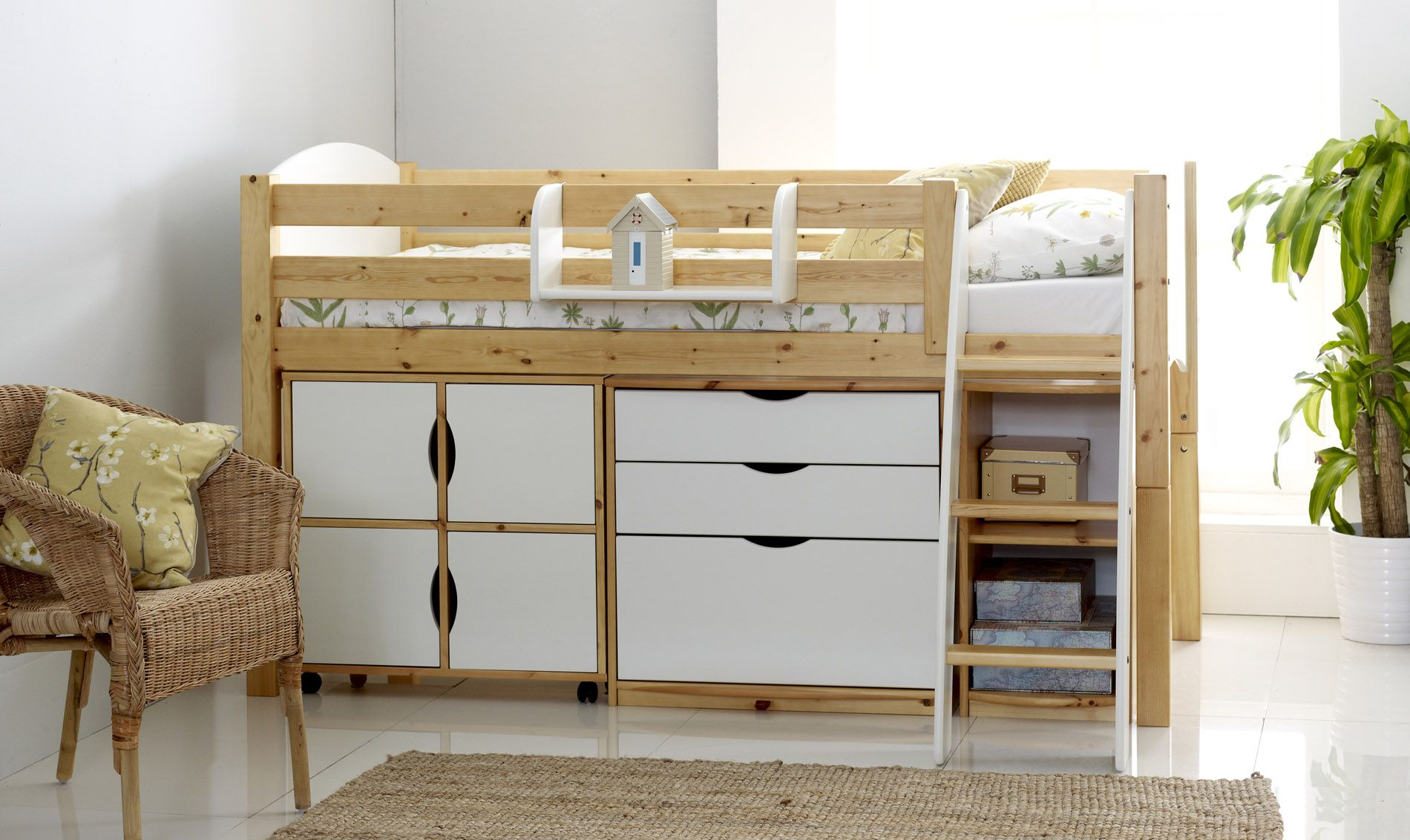 Small Box Room Cabin Bed For Grandma: Scallywag Modular Cabin Beds : Scallywag Modular Cabin Bed
