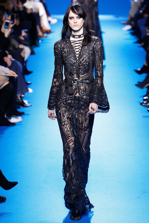 Elie Saab Fall 2016 Ready-to-Wear Fashion Show - Sarah Brannon (OUI)