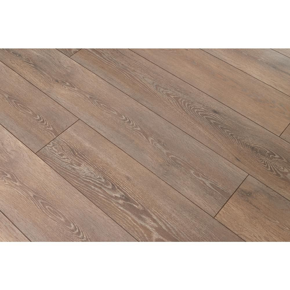 Home Decorators Collection Breckenridge Oak 12mm Thick X 8 03 In Wide X 47 64 In Length Laminate Flooring 15 94 Sq Ft Case 361241 2k383 The Home Depot In 2020 Laminate Flooring Flooring Home Decorators Collection