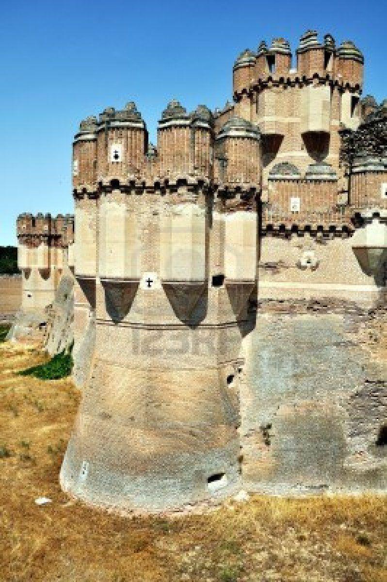 Castillo de Coca ,torres, Segovia, España
