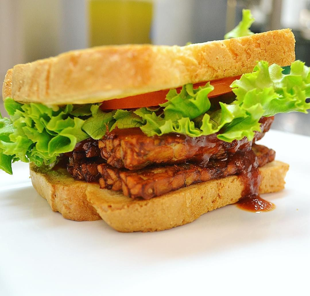 Watch Smothered Tempeh Sandwich video