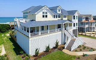 Blue Beacon Retreat 10 Bedroom Oceanfront In Whalehead Corolla Nc