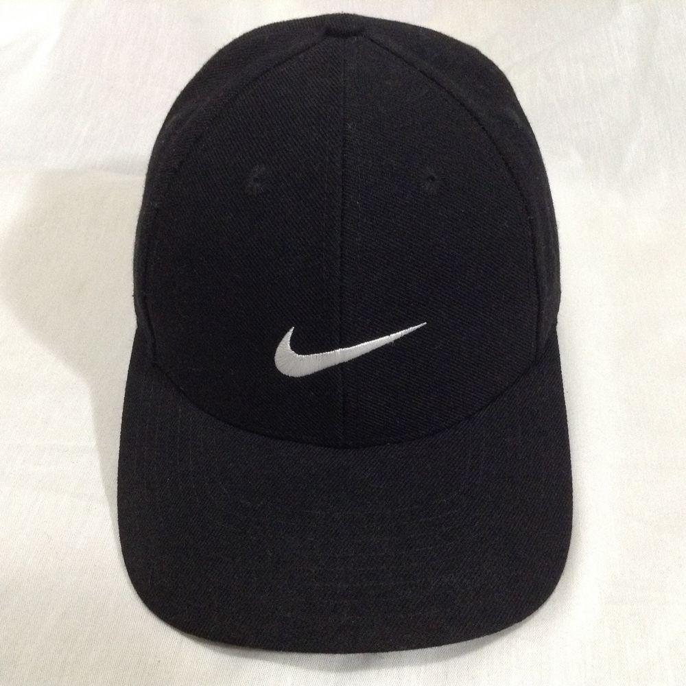 Nike Black Fitted White Logo Swoosh Wool Blend Size 7 Baseball Golf Wool  Cap Hat  23eea5afdc0