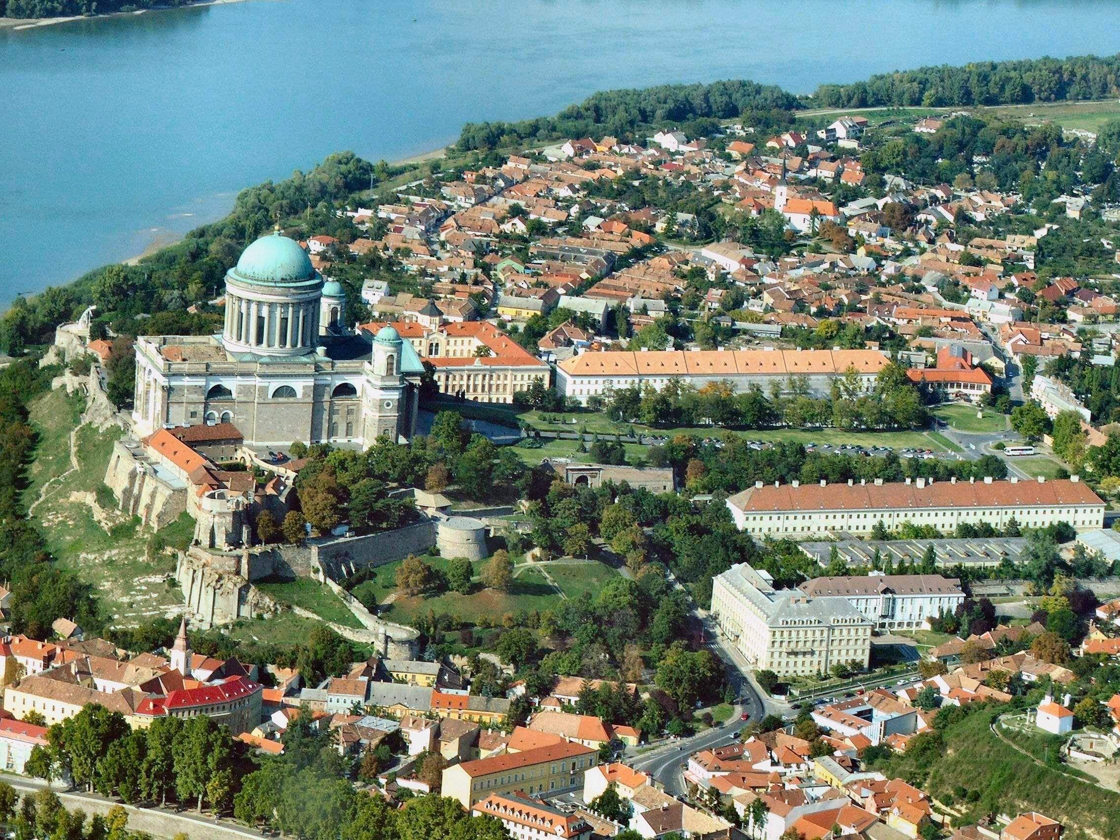 Castle Hill (Varhegy Hill) that overlooks the Budapest
