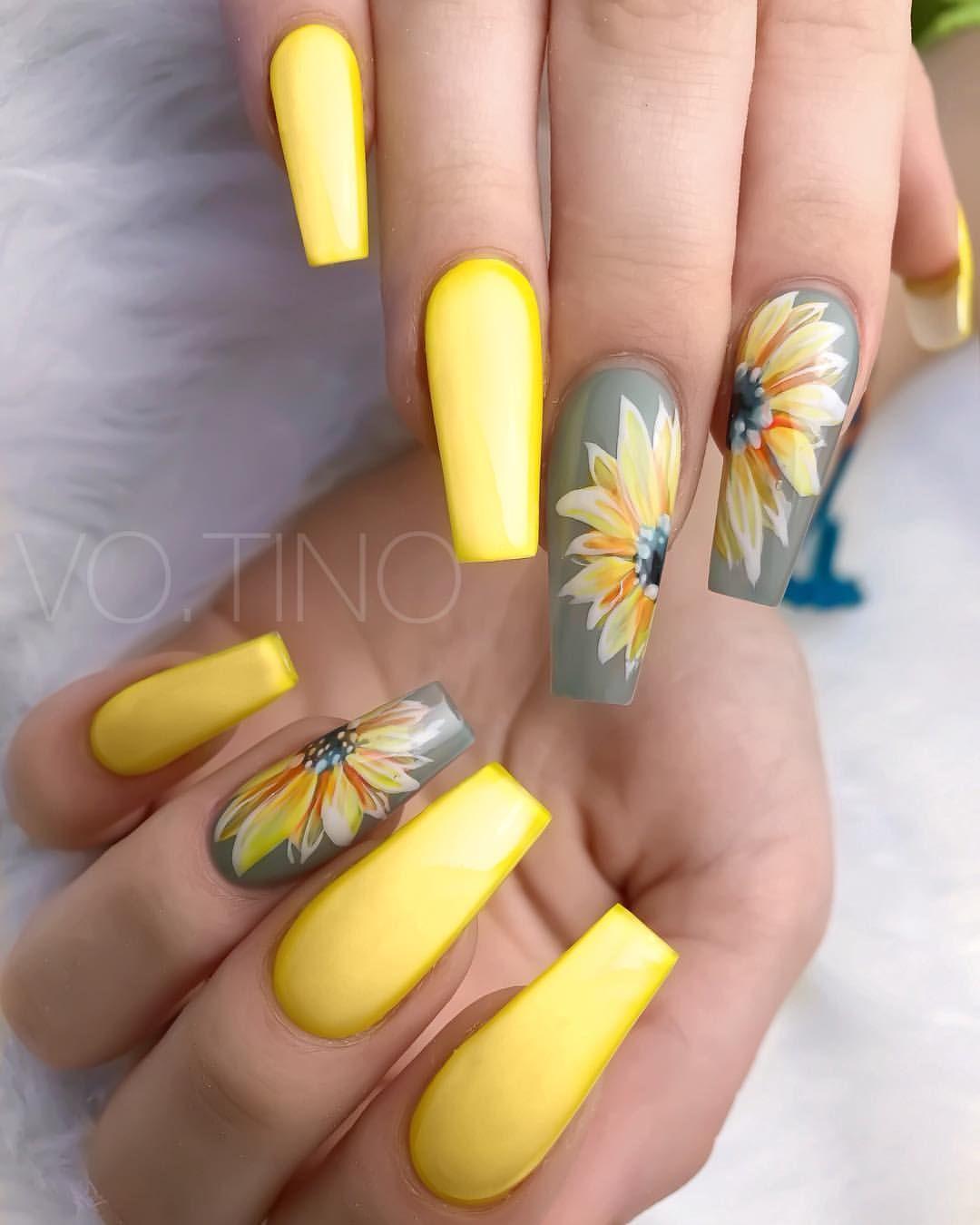#sunflower #sunny #flower #yellow #summer #nails #grey #