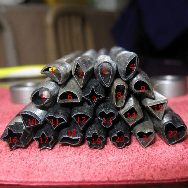 Cheap Diy tiránidos de herramientas de cuero 8 mm punch flor de cuero artesanal de hierro fundido lucha punch cinturón puncher herramientas de bricolaje patrón 22 de la flor 5 unids/set, Compro Calidad Herramientas de costura y accesorios directamente de los surtidores de China:     Material: hierro fundido          Tamaño: cerca de 8-10mm          Proveedor es una empresa con casi 30 años de expe