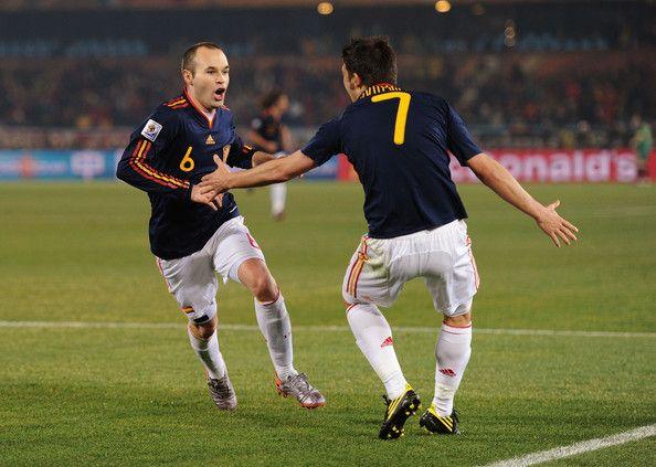 David Villa And Andres Iniesta Photos Photos Chile V Spain Group H 2010 Fifa World Cup David Villa Iniesta Andres Iniesta