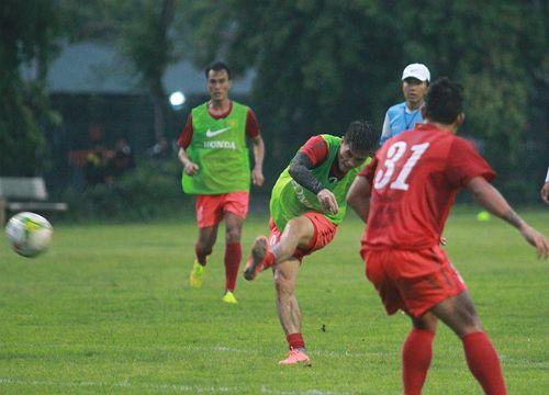Sau trận giao hữu với Malaysia, HLV Toshiya Miura sẽ chốt danh sách cầu thủ dự AFF Cup 2014. http://ole.vn/tin-the-thao.html http://xoso.wap.vn/ket-qua-xo-so-dong-nai-xsdn.html