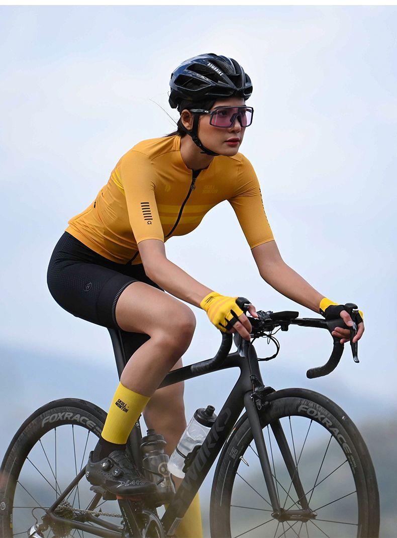 Women S Bike Clothing In 2020 Biking Clothes Women Womens Cycling Clothes Cycling Women