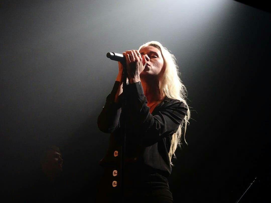 Lynn Gunn PVRIS