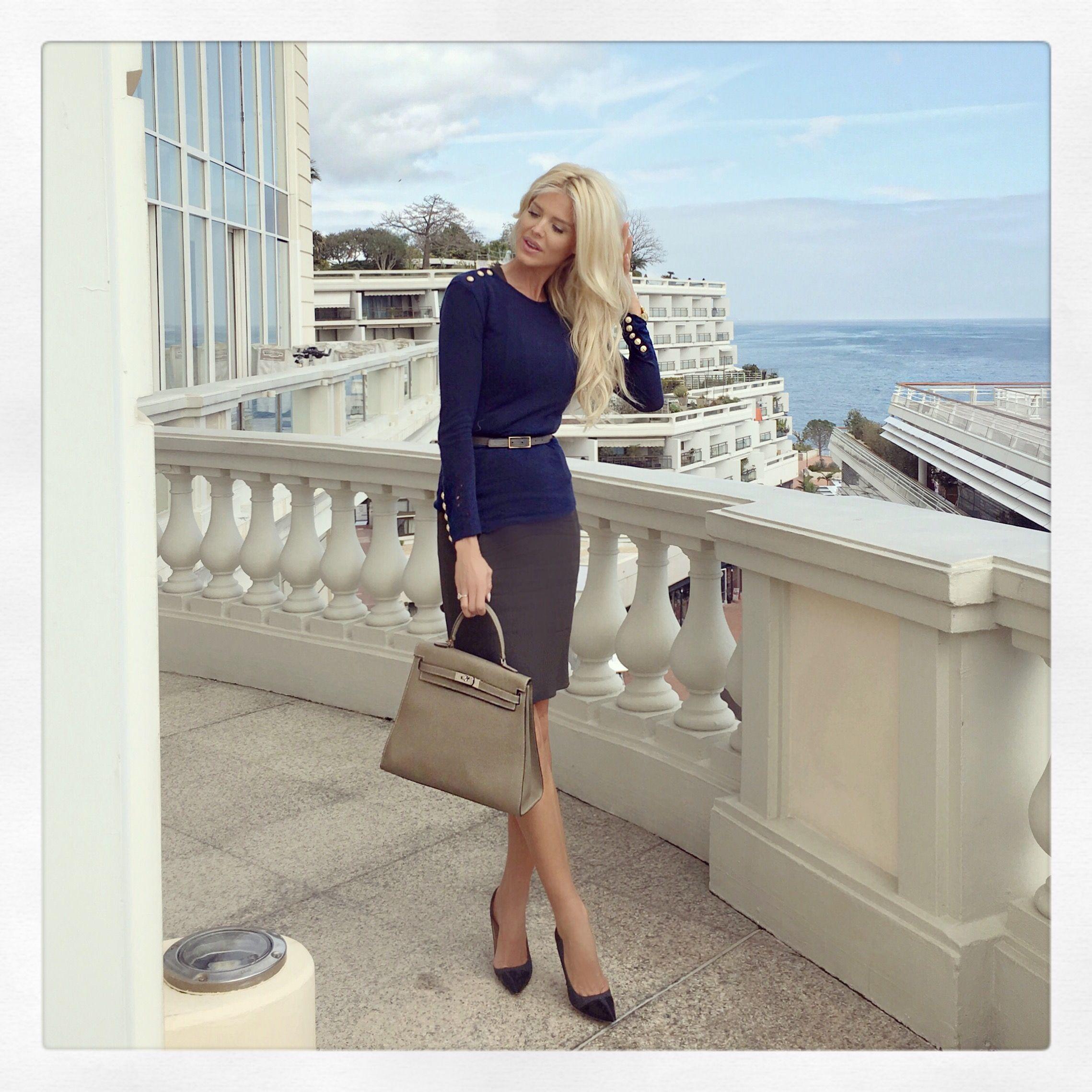 Läs stilsäkra Victoria Silvstedts blogg på Expressen