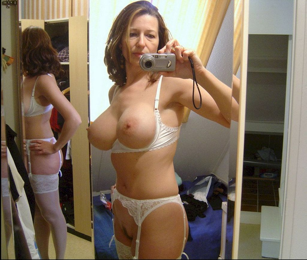 Milf amateur hot mom videos