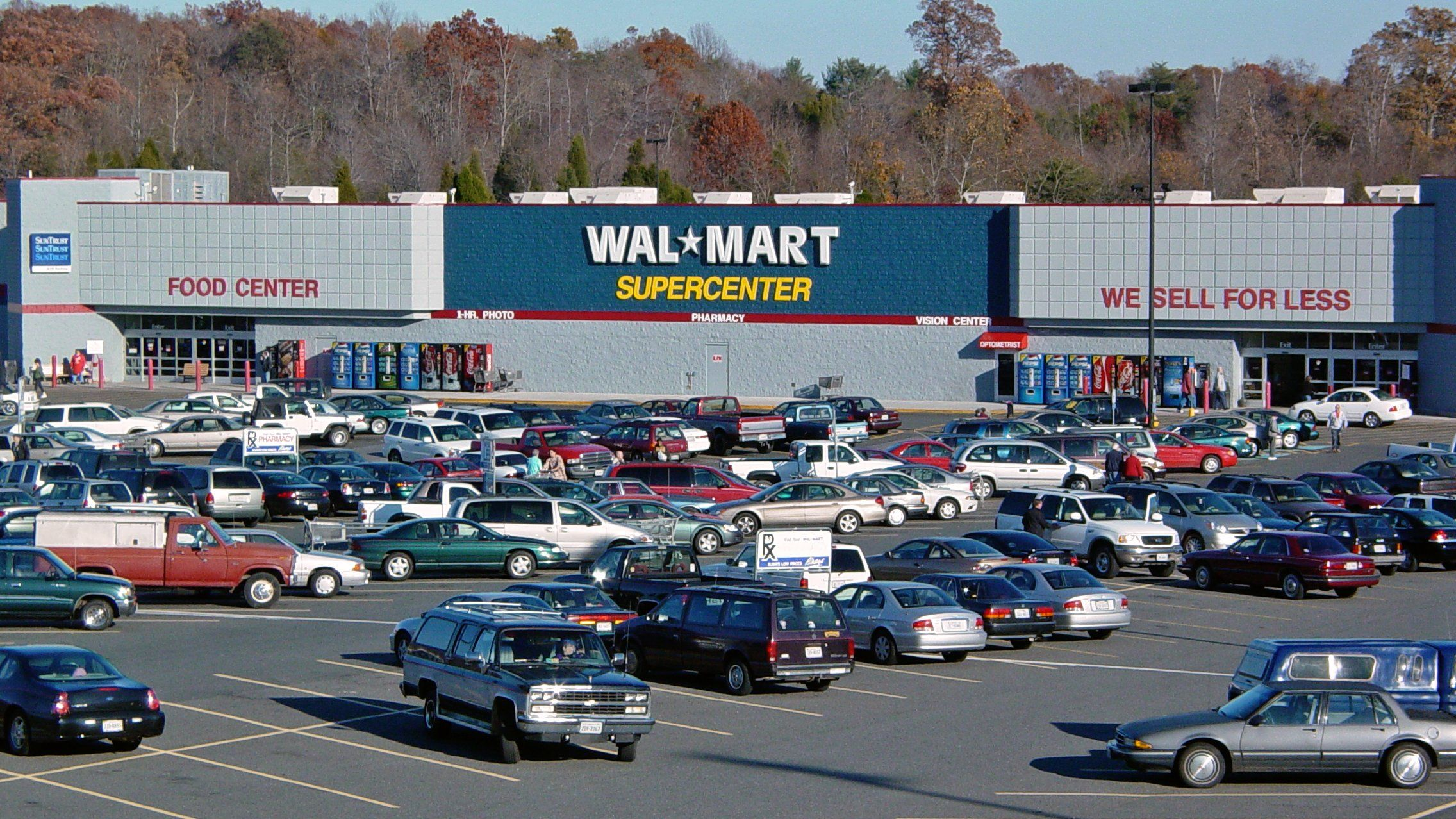 What You Need To Know About Walmart Overnight Parking In 2020 Airsoft Walmart Rv Adventure