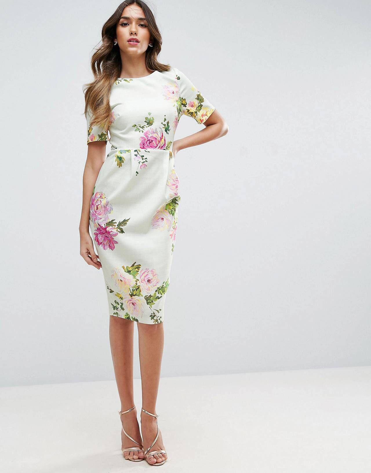 Compra Vestido de efecto movimiento con estampado flores de ASOS en ASOS.  Descubre la moda online.