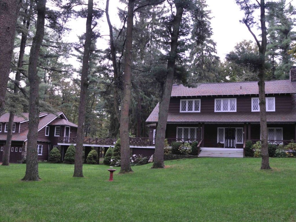 cabin rental lake naomi pocono pines vacation rental vrbo rh pinterest com