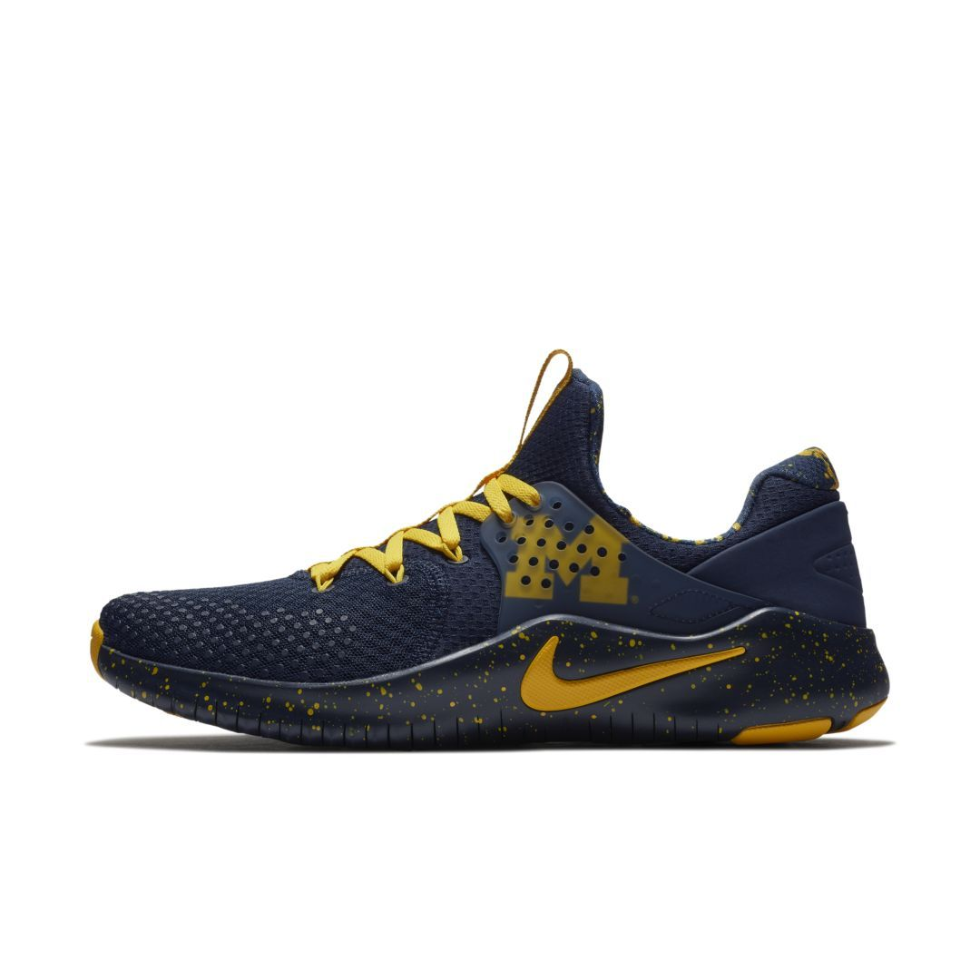 be8a11628813 Nike Free TR8 (Michigan) Gym Gameday Shoe Size 12.5 (College Navy)