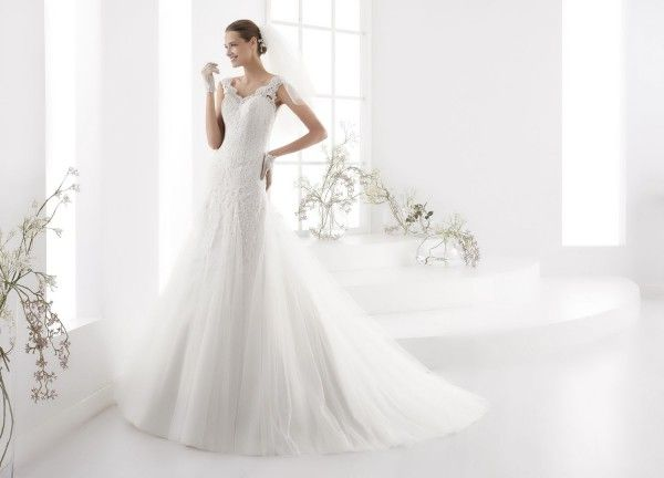 Robe De Mariée Look 49 Par Nicole Spose Collection Aurora