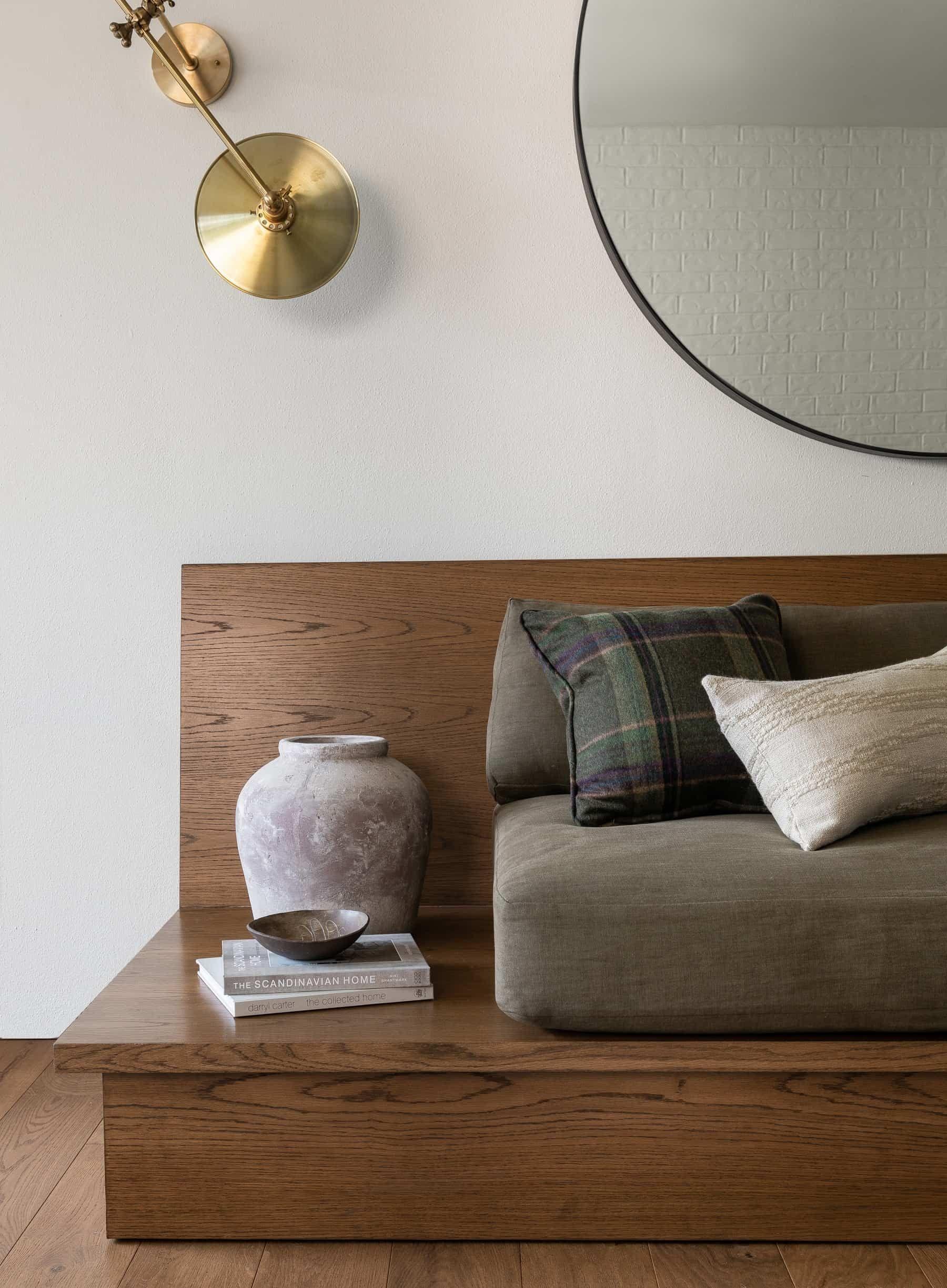 Ballard Cottage Heidi Caillier In 2020 Interior House Interior Coffee Table