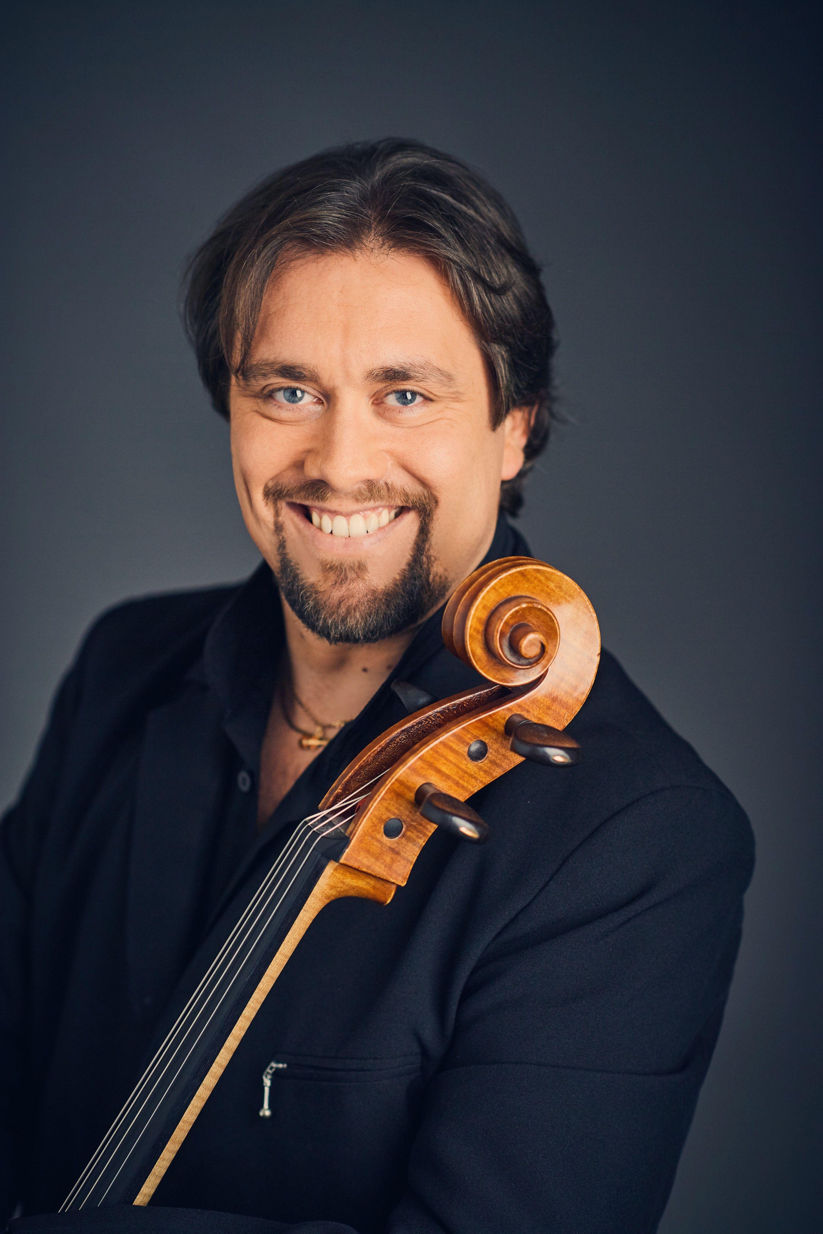Afbeeldingsresultaat voor Alexandre Debrus, cello