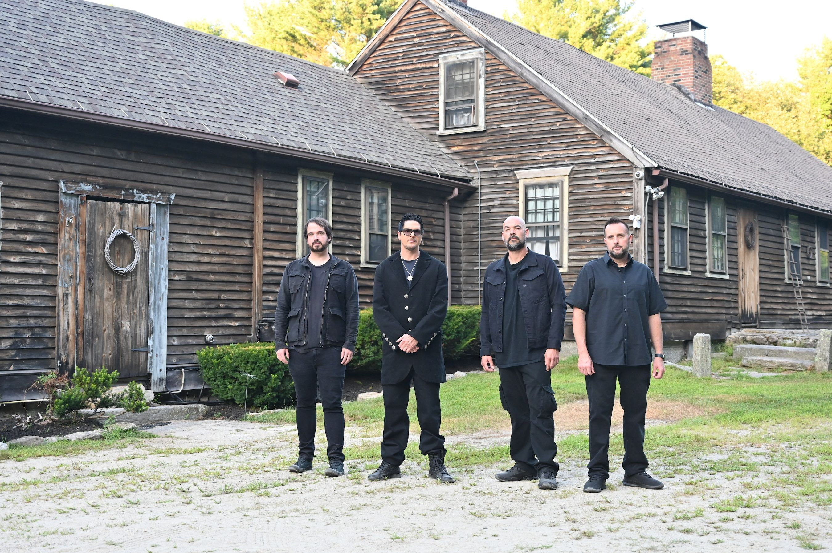 Review Of Ghost Adventures Halloween Special 2020 Ghost Adventures' Zak Bagans Says He Fell Ill After Investigating