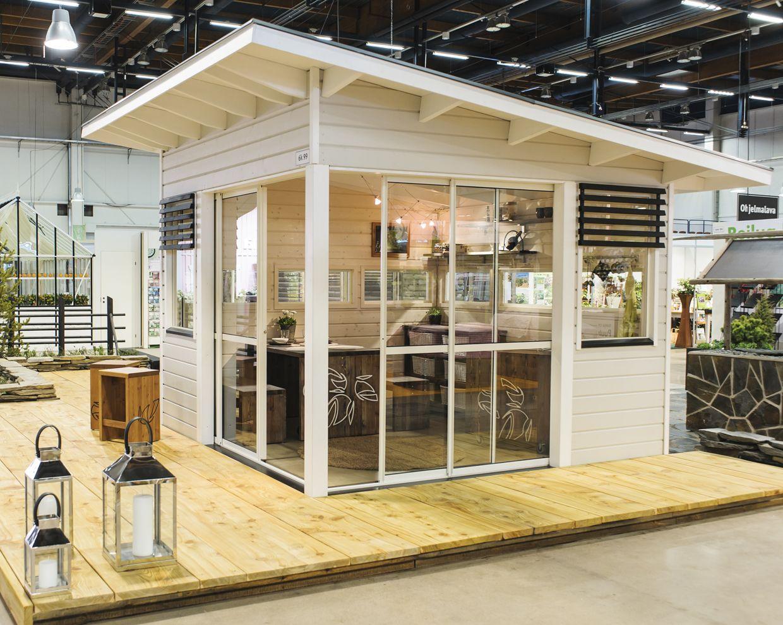 CAROUSELIA - kolmen karuselli: Leikkimökki, kesälä ja vierasmaja yhdessä? // Modern playhouse, guest house and summer house combined?