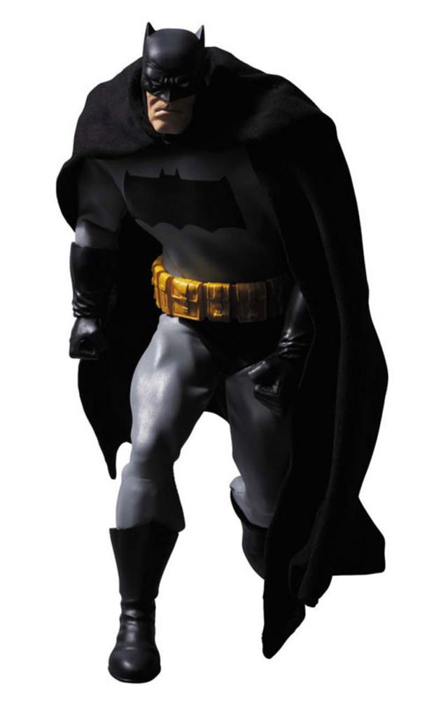 Medicom Reveals The Dark Knight Returns Batman Real Action Heroes Figure Figura De Acao Batman Hq Dc