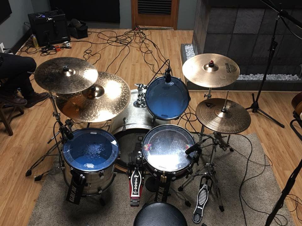 pacific drum set studio drums paiste alpha cymbals minimalist drummer custom drum set. Black Bedroom Furniture Sets. Home Design Ideas