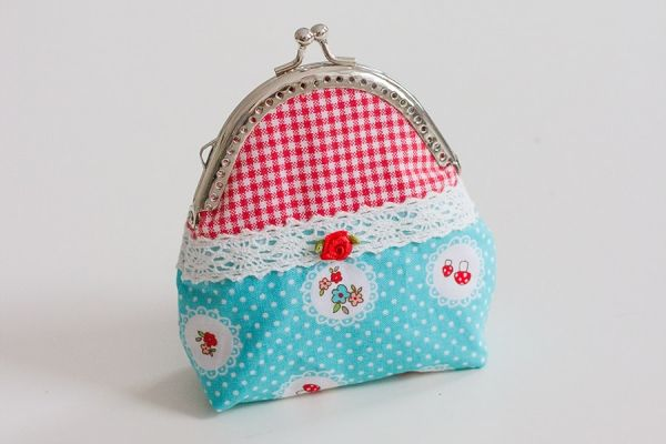 Süße Clipbörsen: Ein Portemonnaie mit Taschenbügel - Kostenlose ...