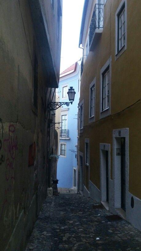Ruas do castelo de São Jorge em Lisboa