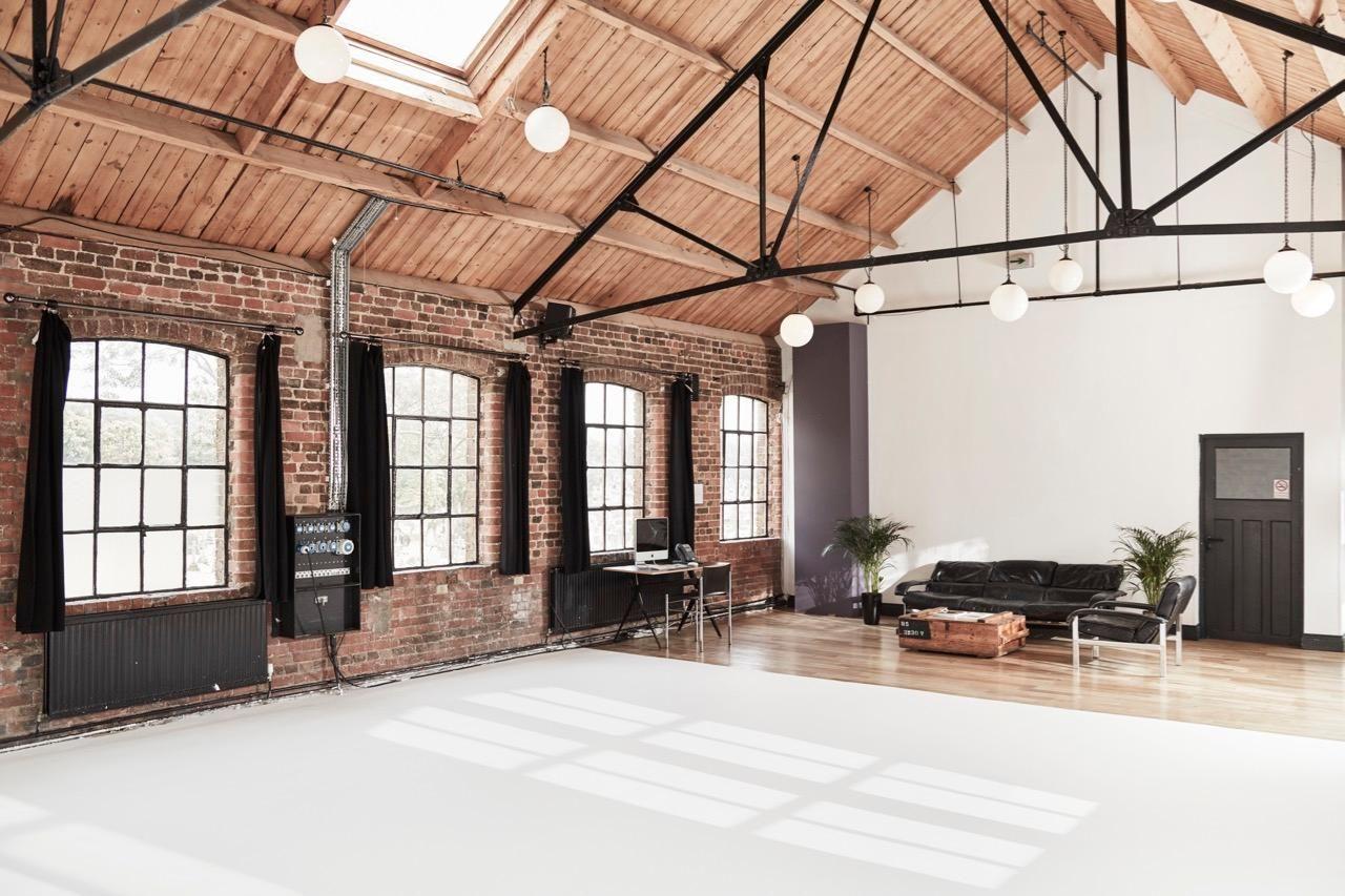 Paint Radiators Loft Studio Photography Studio Spaces Photography Studio Design