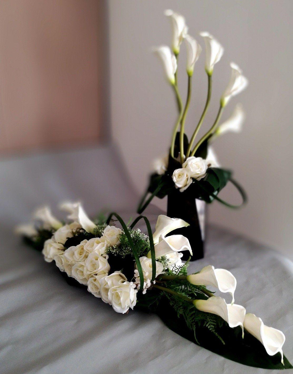 Nowoczesny Stroik Na Cmentarz W Bieli Nr 110 Swiateczne Atelier Creative Flower Arrangements Ikebana Flower Arrangement Flower Decorations