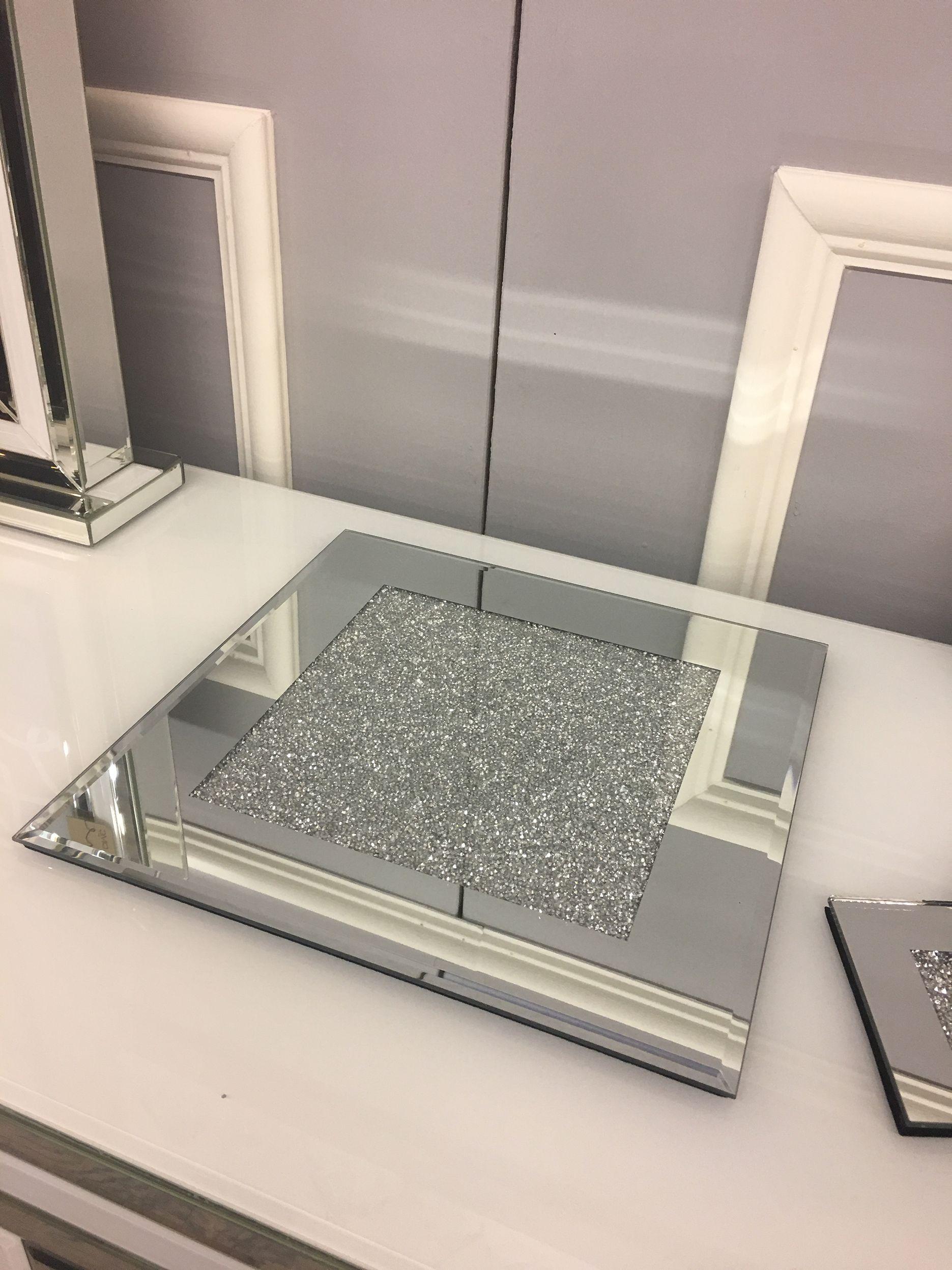 Stylish Square Glitter Mirrored Base
