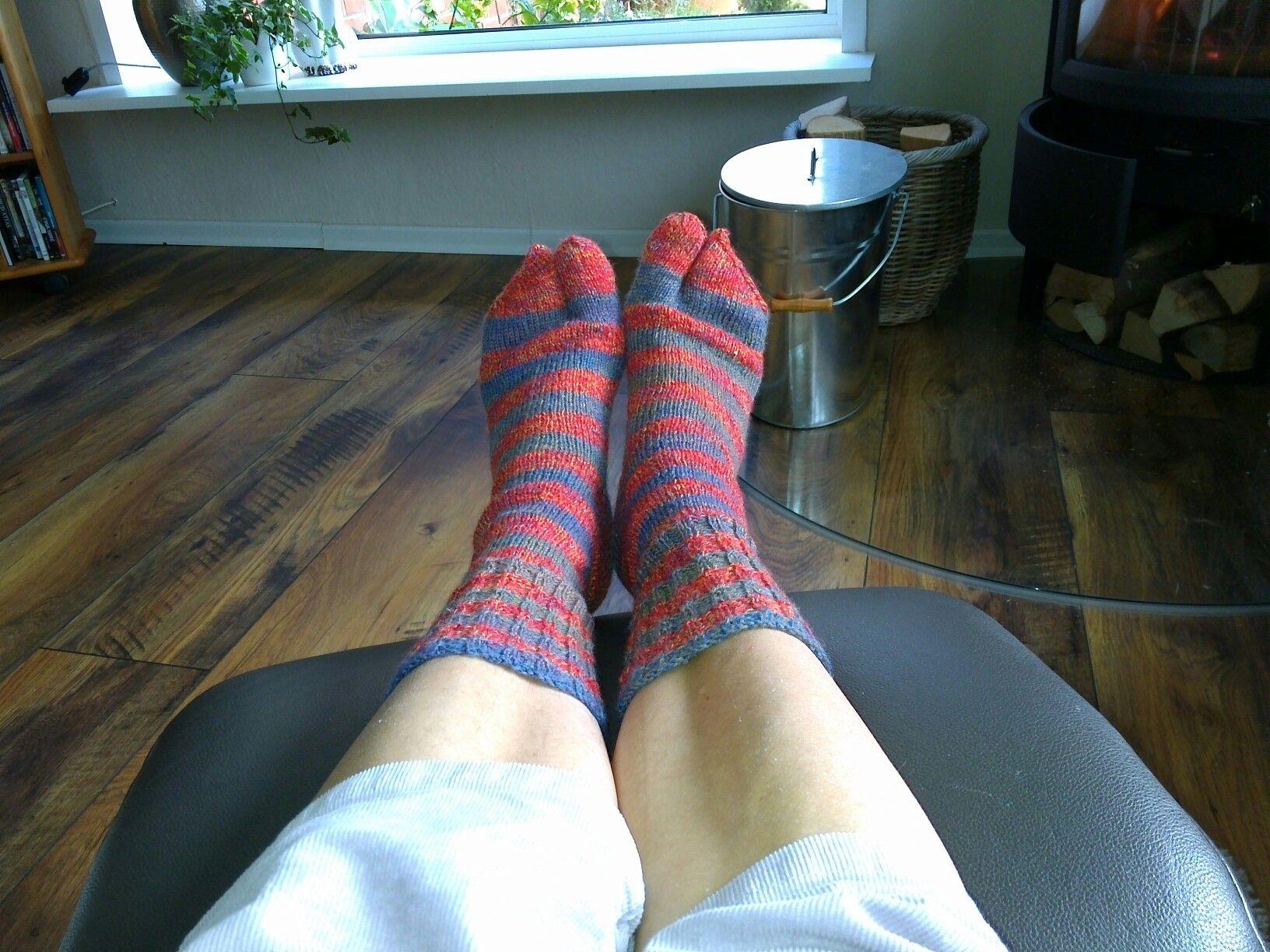 Zehen Socken | wolle | Pinterest | Zehe und Wolle
