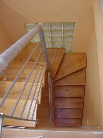 Resultado de imagen para escaleras madera y hierro poco for Escaleras en forma de u