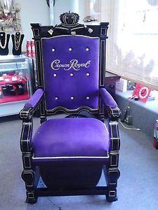 foto de Crown Royal Purple Velvet and Wood Throne Chair RARE Royal chair Throne chair