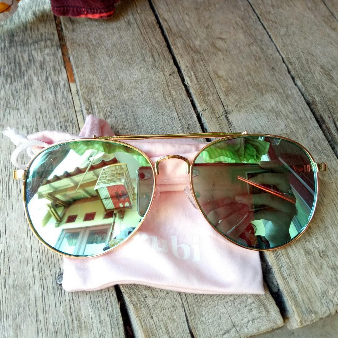 8944a087cc6 Rubi kacamata UV on Carousell