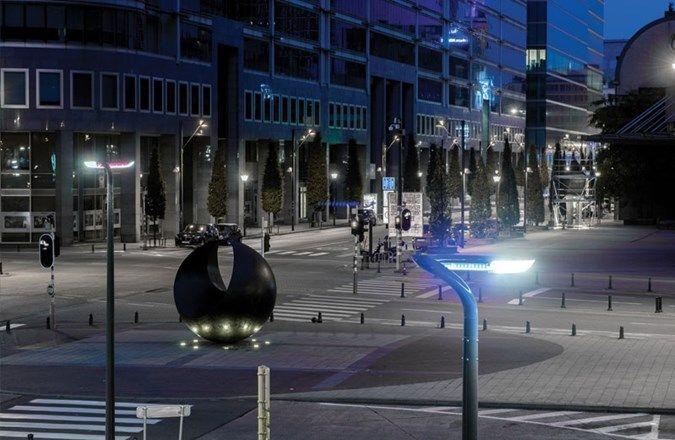 Noordstation - Brussel: verlichting die sfeer creëert en de ...