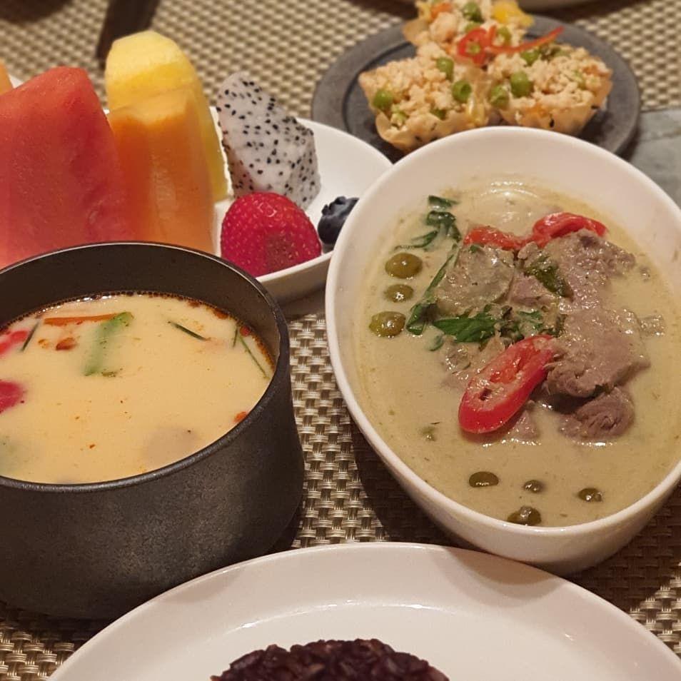 Tasty food at Palace Cafe Wyn Palace Macau. ....   Tasty food at Palace Cafe Wyn Palace Macau. . . October 2019 . . #wynpalace #macau #visitmacau #macautrip #instafood #foodporn #foodphotograph #foodinsta #foodstagrammer #foodfeed #eatwithyoureyes #eattolive #enjoy #travelphotography #food #foodfeed #eattolive #foodgasm #foodie #delicious #foodies #foodpics #instafoodie #instafoods #foodism #exploremacau #ig_myshot #travelholic #vacation