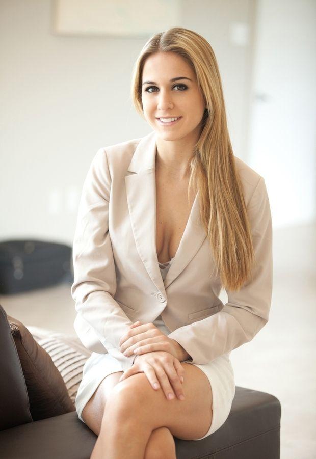 Cassidy Cole  Hot Girls  Fashion, White Skirts, Navy