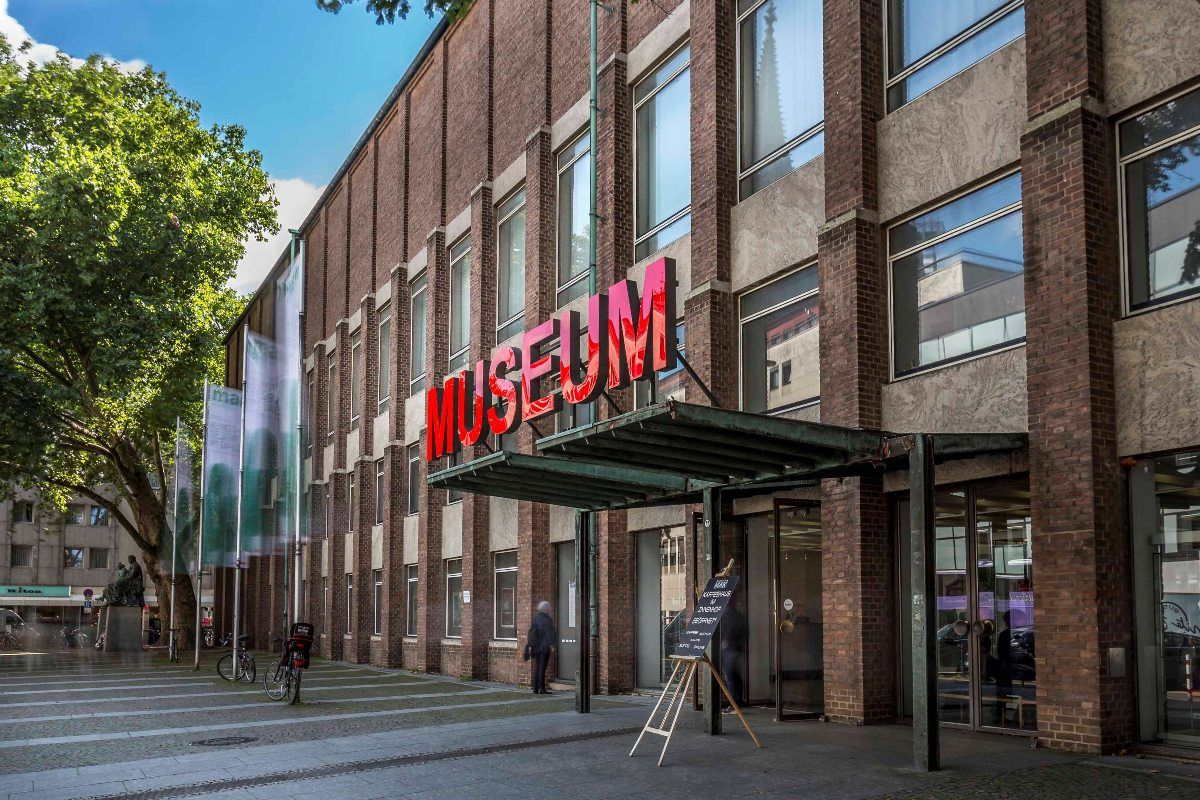 Das Museum Fur Angewandte Kunst In Koln Angewandte Kunst Museum Museum Koln