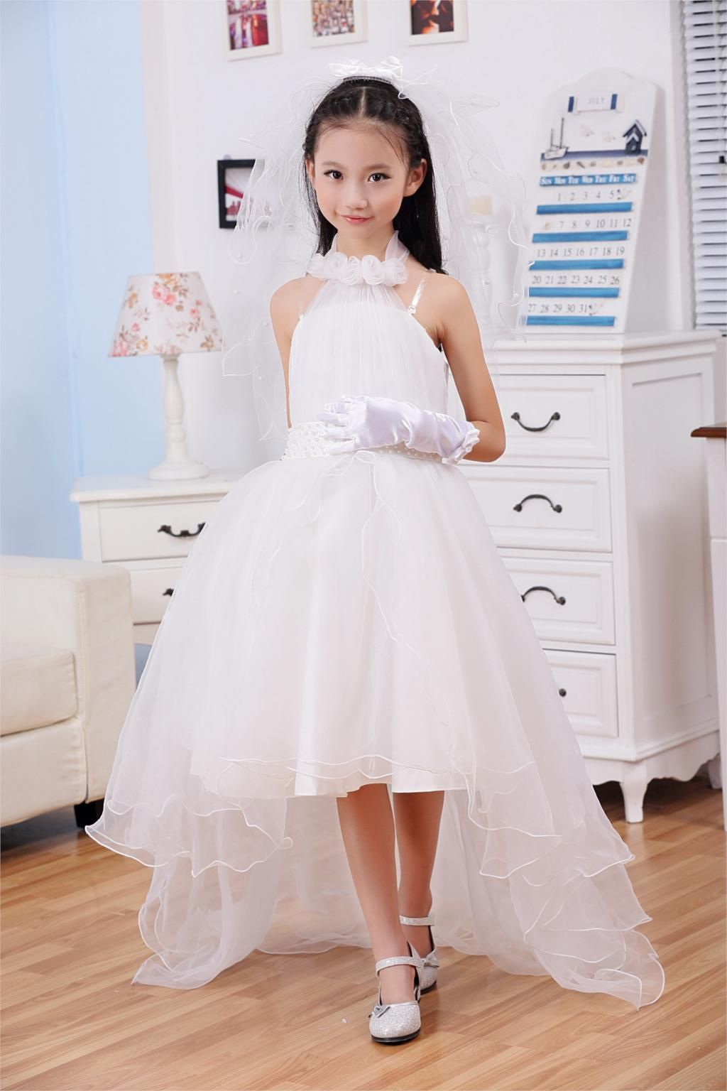 Cheap dress cinderella, Buy Quality dress high directly from China dress market Suppliers: New Arrival Beaded Flower Girl Dresses Pretty Christmas Dresses Vestidos De Comunion Princess White Girl's Pageant Dresses.